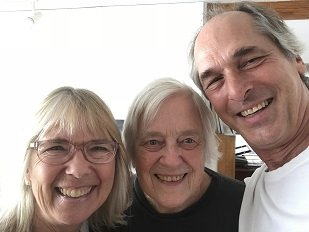 Bonnie and Bob Hannum with Claire Van Vliet